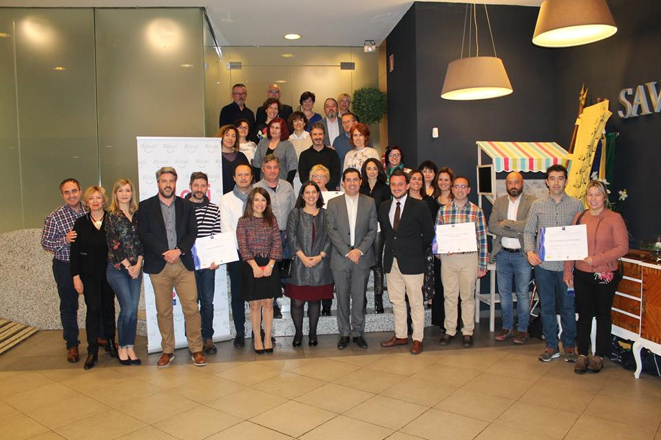Foto El SICTED reconoce la buena tarea de 16 empresas alcoyanas en el ámbito del turismo