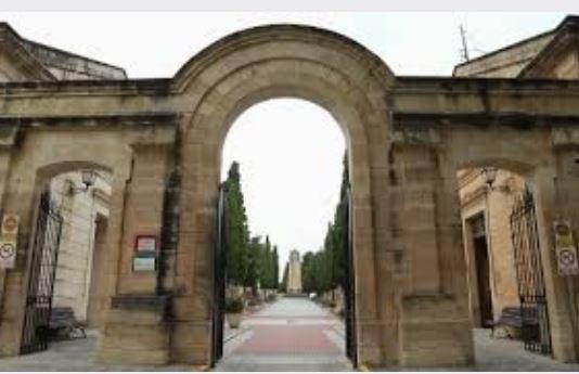 Foto El cementerio se podra visitar a partir del 18 de mayo con cita previa
