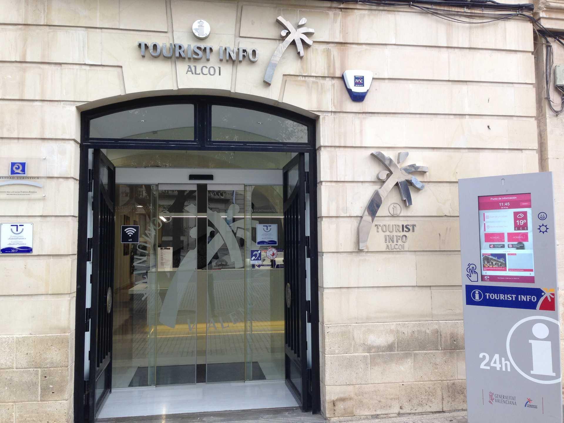 Foto Alcoy consigue más de 9.500 euros del Fondo de Cooperación Municipal para Municipios Turísticos