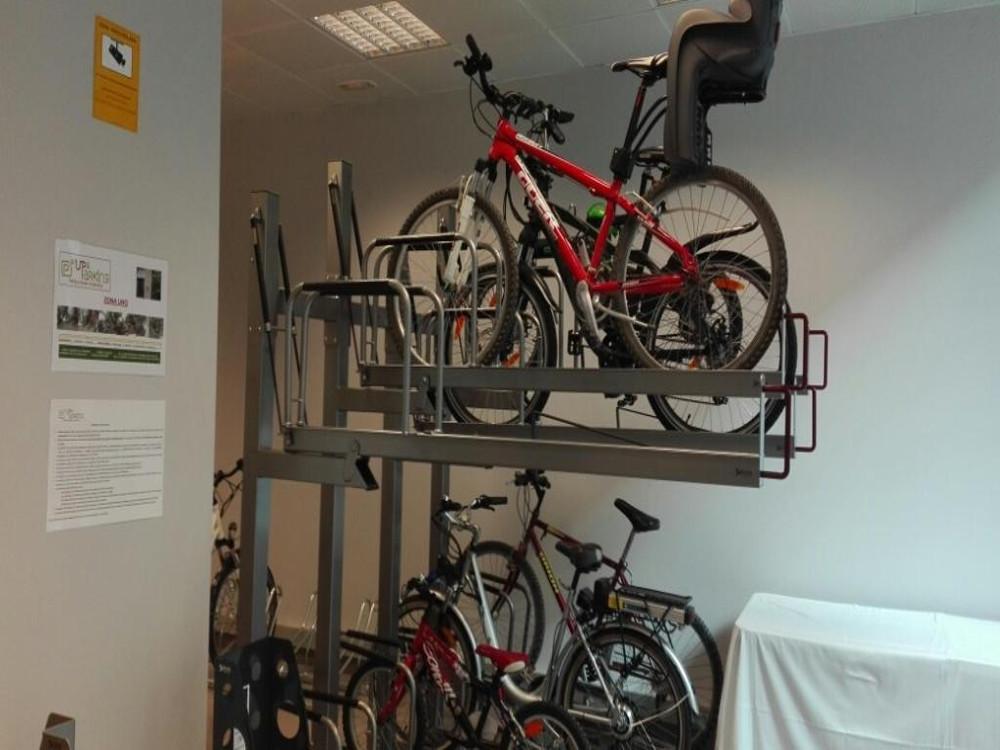 Foto Parking de bicicletas inteligente